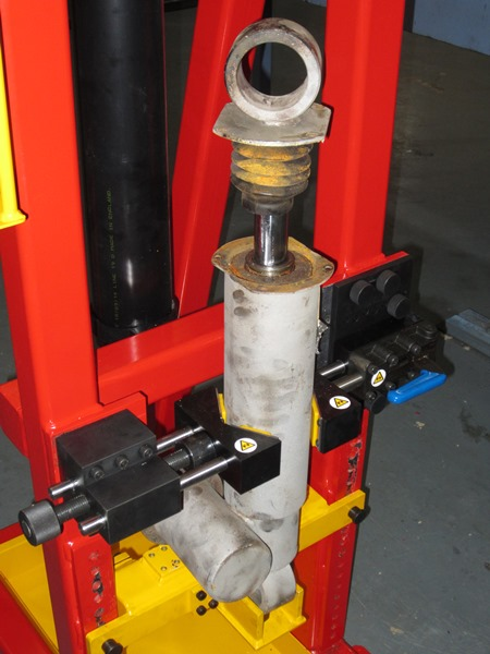 Shock Absorber securely clamped in position